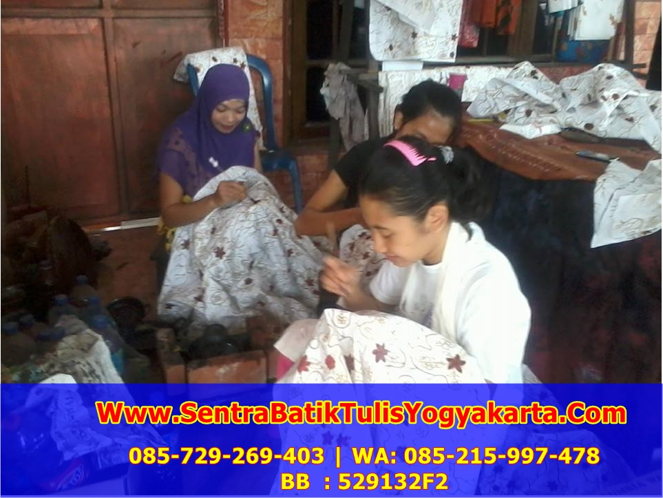 Sentra Kerajinan batik Giriloyo Yogyakarta