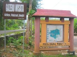 gazebo wisata batik giriloyo