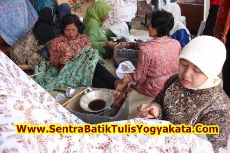 traditional batik yogyakarta